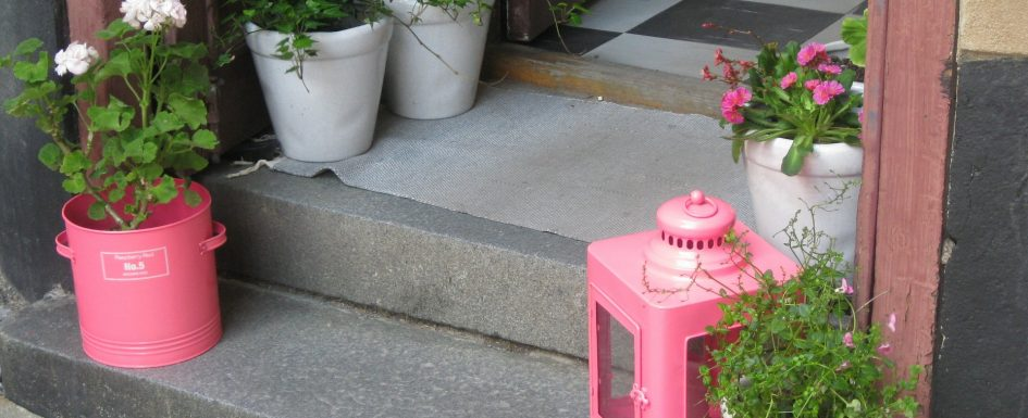 Un p tale de carreaux le blog de d 39 architecture d - Pot deco interieur ...