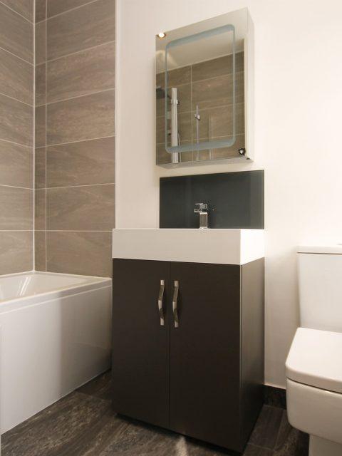 Revêtement de sol pr salle de bain quoi choisir conseil